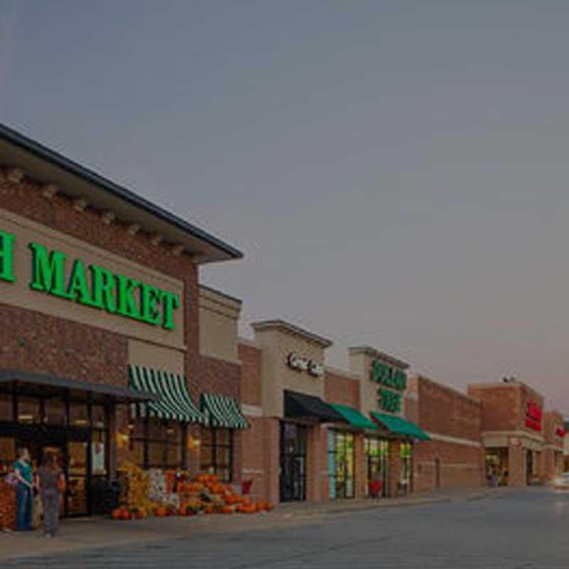 Bradley Park Dr. Shopping Center
